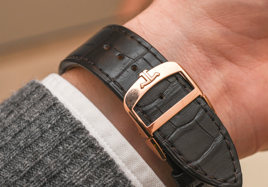 Jaeger-LeCoultre Reverso Tribute Calendar Watch Hands On Hands-On